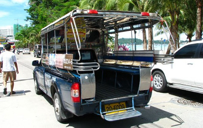 How to Use a Songthaew in Udon Thani